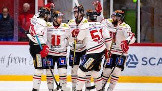 Örebro vann med 5-3 borta mot Timrå och slutspelsdrömmen lever i Närke